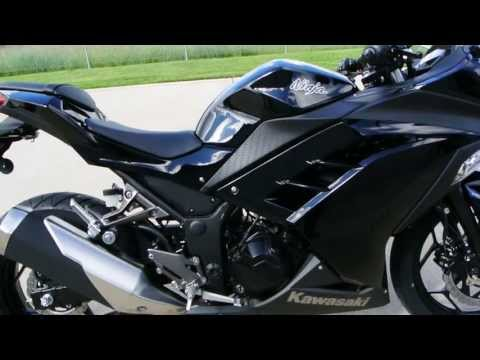 SALE $4,299:  2014 Kawasaki Ninja 300 ABS in Black   Overview and Review