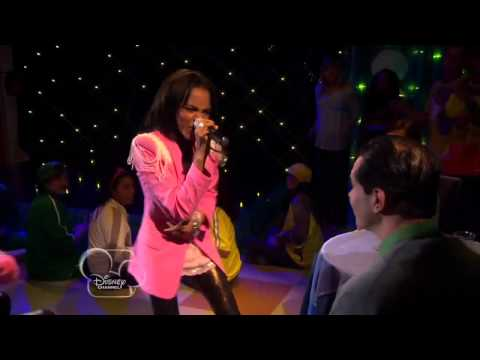 China Anne McClain - Dna [Perfomance] [Feat. Zendaya] (From Ant Farm)