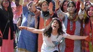 Hindus in Karachi celebrate Holi
