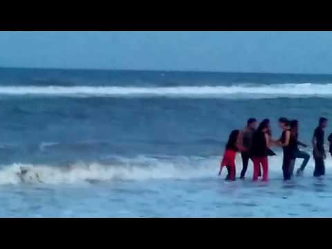 Xxx Mp4 Girls Enjoying In Akkarai Beach 3gp Sex