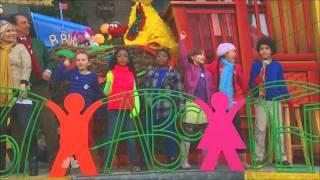 Sesame Street - Thanksgiving Day Parade 2012