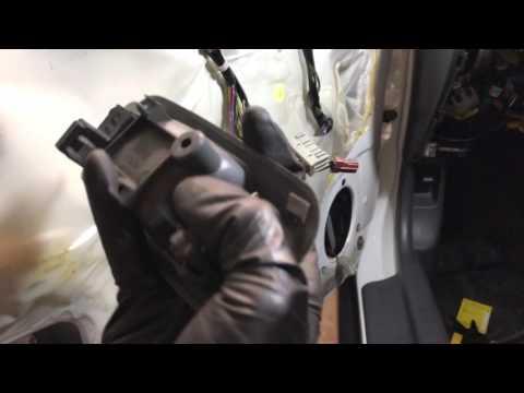 How to replace door handle and door lock cylinder on a 96-00 Honda Civic 4 door Sedan