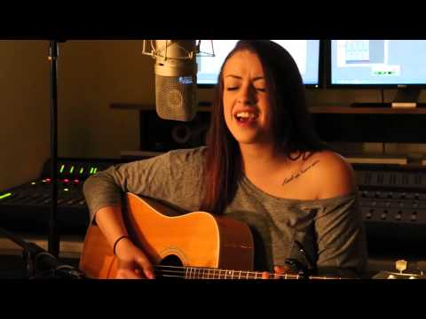 She Looks So Perfect - 5 Seconds Of Summer (Cover by Anna Clendening)
