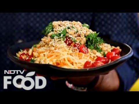 Watch recipe: Raw Mango & Papaya Salad