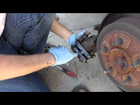 1999 Ford F-150 Pickup Brake Pads Change
