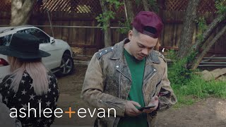 Evan Ross Freaks Without Cellphone Reception   Ashlee+Evan   E!