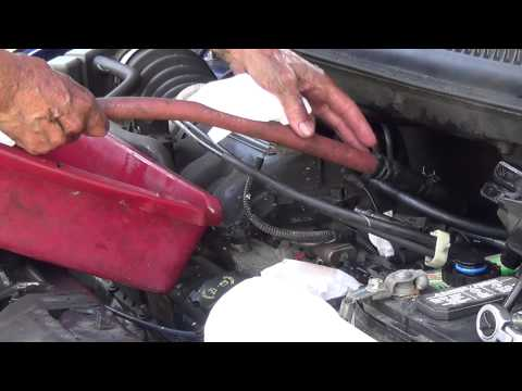 2005 Dodge Grand Caravan SXT Power Steering Reservoir Replacement