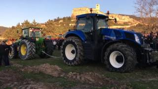 Fendt, newholland, masseyferguson, johndeere GARA di TIRO- 2^ benedizione dei trattori-Assisi