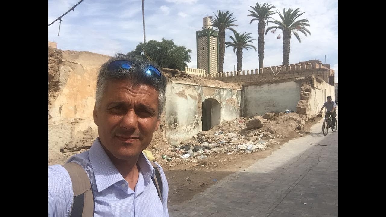 رشيد نكاز من وجدة بالمغرب حقيقة منزل الرئيس عبدالعزيز بوتفليقة