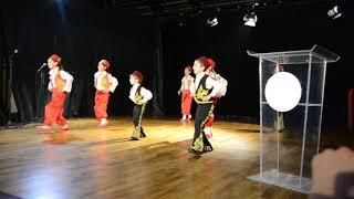 #x202b;رقص اطفال من مهرجان مع اسماعيل تمر#x202c;lrm;