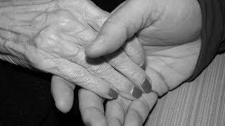 Nach 69 Jahren Ehe - Paar stirbt in nur 40 Minuten Abstand voneinander