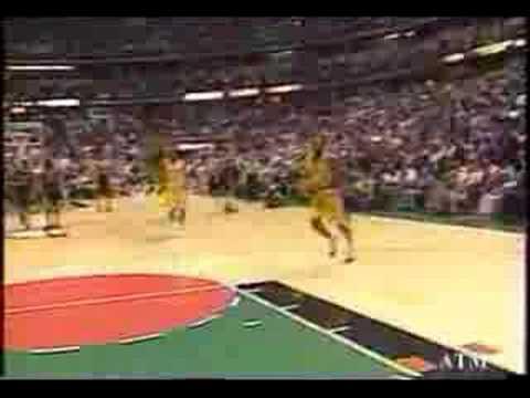 Kobe Bryant wearing Air Jordan XI 11 Concords