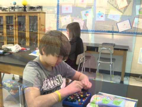 7th Graders Build DNA Models