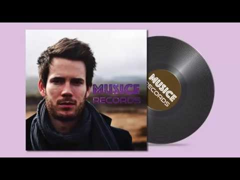 How to Create CD cover using Adobe Illustrator and Phtoshop