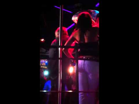 Xxx Mp4 Ronnie Mund Dancing With Rachelle Wilde From Naked News 3gp Sex
