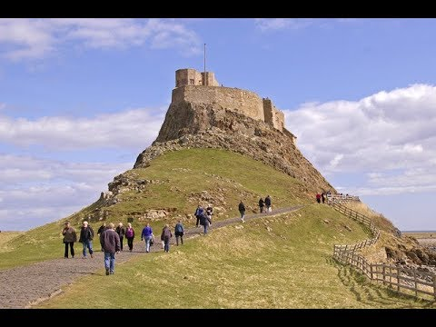 Places to see in ( Holy Island - UK )