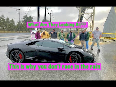 Lamborghini Huracan in the rain....What can go WRONG!