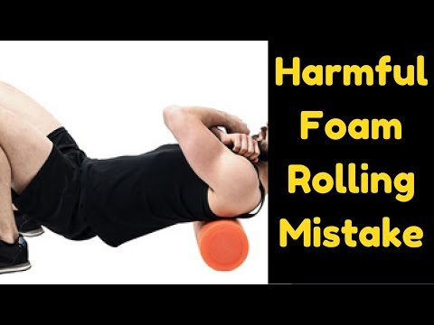 WORST Foam Rolling Exercise Mistake You Can Do (Demo)   Will Cause Lower Back Pain!