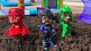 Pj Masks Playing With MUD ❤ Superhero Pj Masks play with mud and wash clean / Pj Masks Wrong Heads