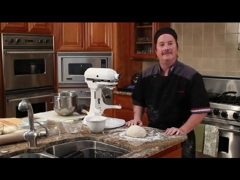 How to Premake Pizza Dough : Tips for Making Pizza