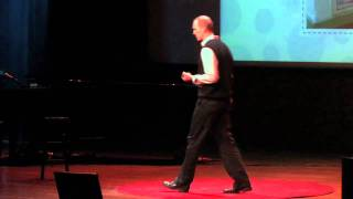 What makes things funny | Peter McGraw | TEDxBoulder