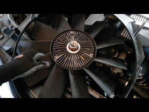 BMW E46 Radiator Fan Removal
