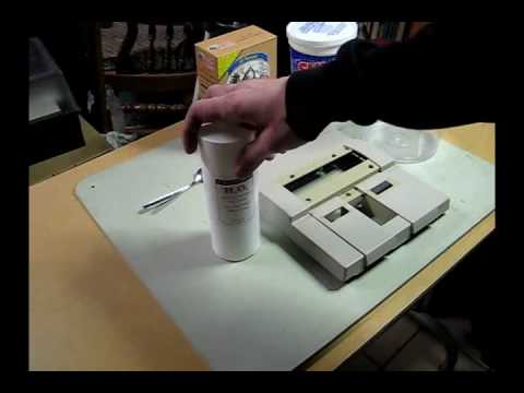 Removing yellow color from old white plastic - Retr0bright PART 1