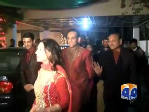 Meera's Engagement Break.... -APNA DINGA