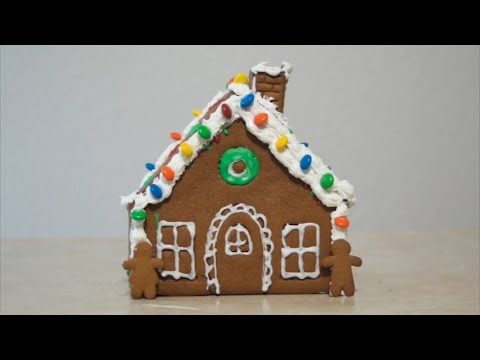 Trying a Gingerbread House Kit