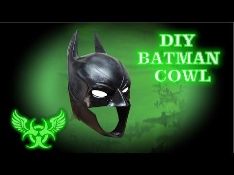 BATMAN COWL E14