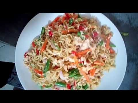 How To MAKE FRIED INDOMIE And EGG
