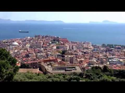 Happy panoramic Easter in Napoli by NapolinVespa Tour