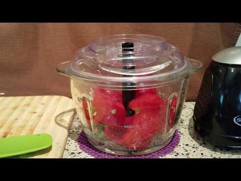 Making Salsa in the Betty Crocker Glass Bowl Chopper