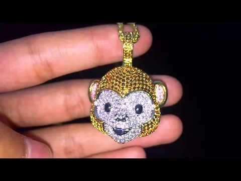 Aporro 14K Gold Monkey Face Emoji