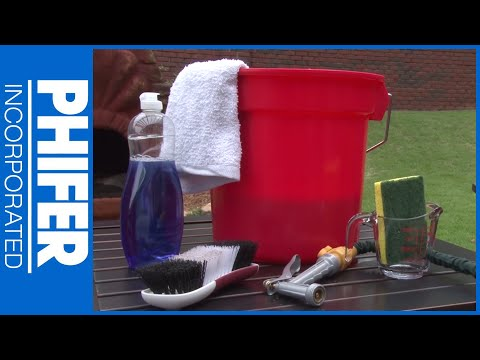 How to Clean Outdoor Furniture Cushions and Pillows | Phifer Inc.