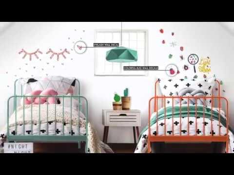 RoomMates -  Fast, Fun, Easy Decor