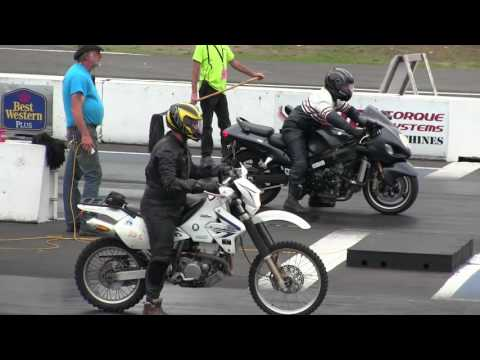 The difference between Dirt bike and Street bike -acceleration,speed,drag race