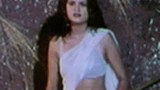 Daku Sultana in her white saree | Daku Sultana