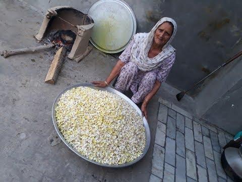 POPCORN RECIPE prepared by my GRANNY | popcorn recipe at home in hindi | veg village food