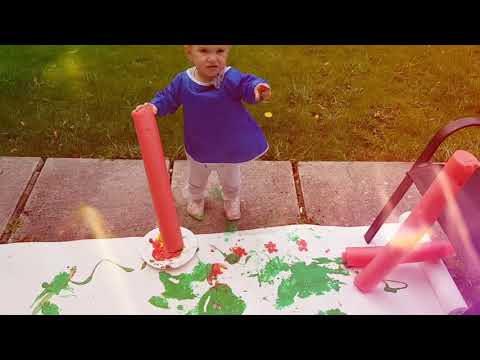 Toddler art project: giant stamps painting