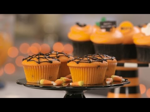 Halloween Spider Web Cupcakes from DC Cupcakes