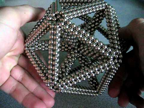 Icosahedron with Super Stellated Dodecahedron Inside