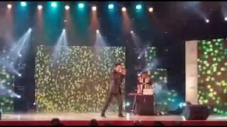 Kumar Sanu live performance 2016 😍