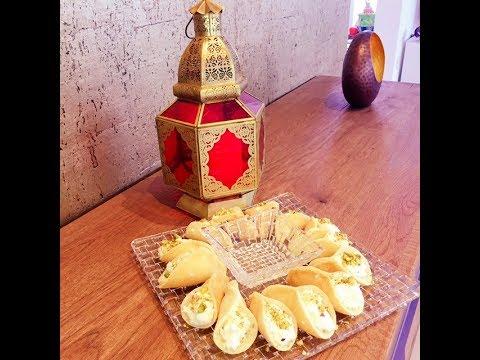 Atayef arabische Desserts Pfannkuchen  Ramadan qatayef Atayif katayef Teig Rezept Deutsch