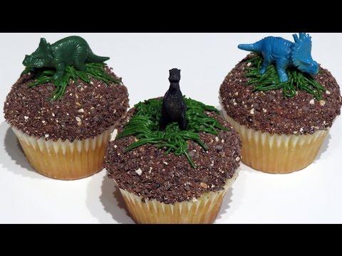 Easy Dinosaur/Jurassic World Cupcakes | CupcakeGirl