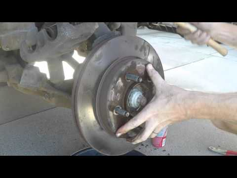 2001 Ford F150 Front Brake Pads and Rotors - Service and Replacement