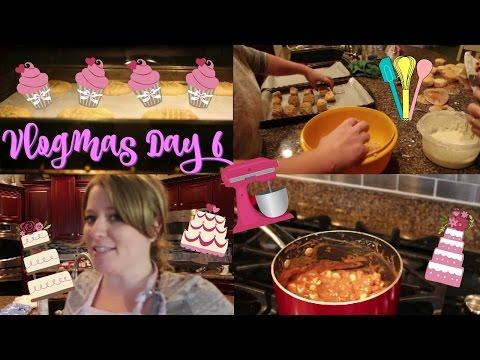Baking!   Vlogmas Day 6