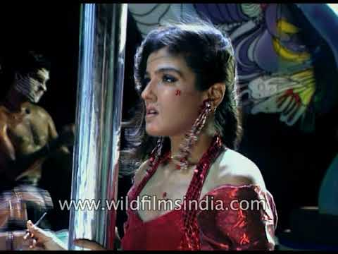 Raveena Tandon dances for Mustafa - under-belly of a Bollywood dance sequence