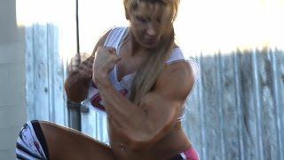 Nikki Fuller Bodybuilding Posedown #2
