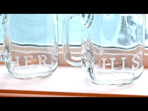 Quick & Easy DIY Etched Glass Mason Jar Mugs ♥ Easy Last Minute Valentine's Day Gift